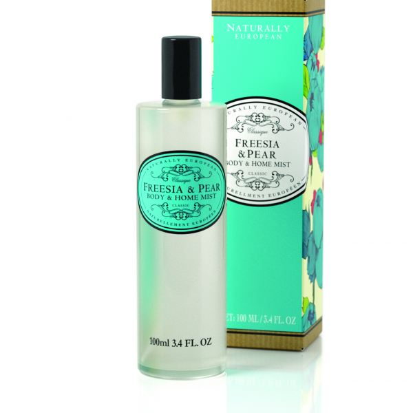 Testpermet és lakásillatosító spray  Naturally European 100ml - Frézia és körte illat, The Somerset
